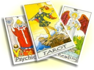 reading-tarot-cards